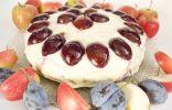 Бисквитный торт с осенними фруктами