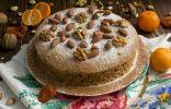 Вегетарианский торт с фруктами и орехами