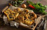 Рыбный пирог с минтаем и жареной картошкой