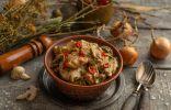 Мясо с грибами на сковороде — вкусное домашнее рагу