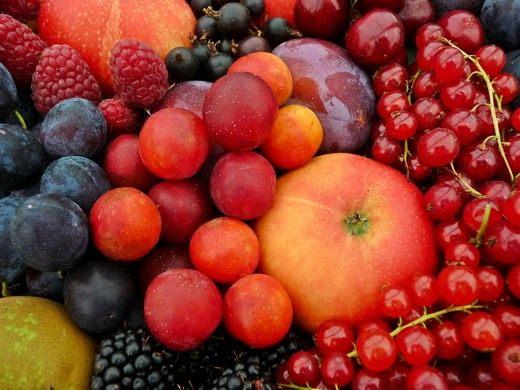 Фруктовое ассорти (Assorted fruits)