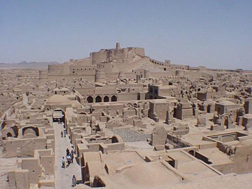 Древний город из самана — Бам на юго-востоке Ирана, до землетрясения 2003г.