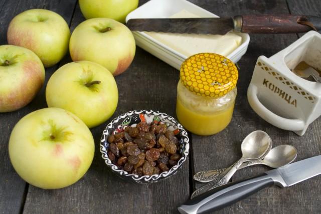 Ингредиенты для приготовления печёных яблок с мёдом и сухофруктами
