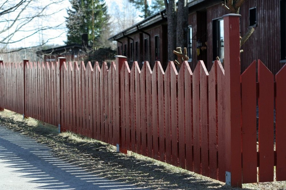 Красивый забор фото для дачи