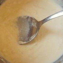 Постоянно помешивая доводим соус до единородной массы