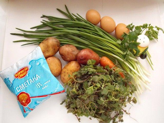 Ингредиенты для супа из крапивы