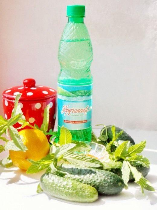 Ингредиенты для приготовления огуречного лимонада