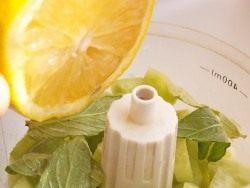 Добавим лимонный сок