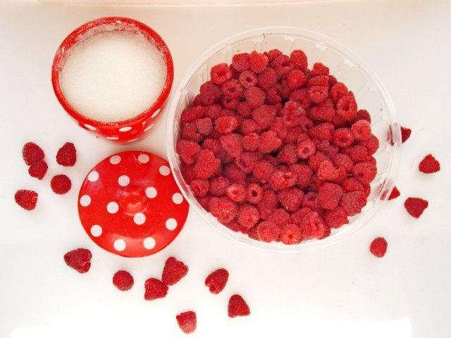 Ингредиенты для малинового варенья