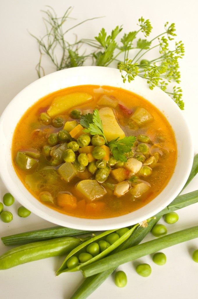 Суп с зеленым горошком свежим