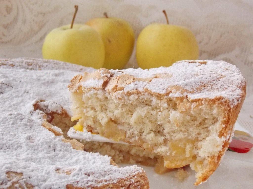 Рецепты для мультиварки шарлотка с яблоками из муки обдирной