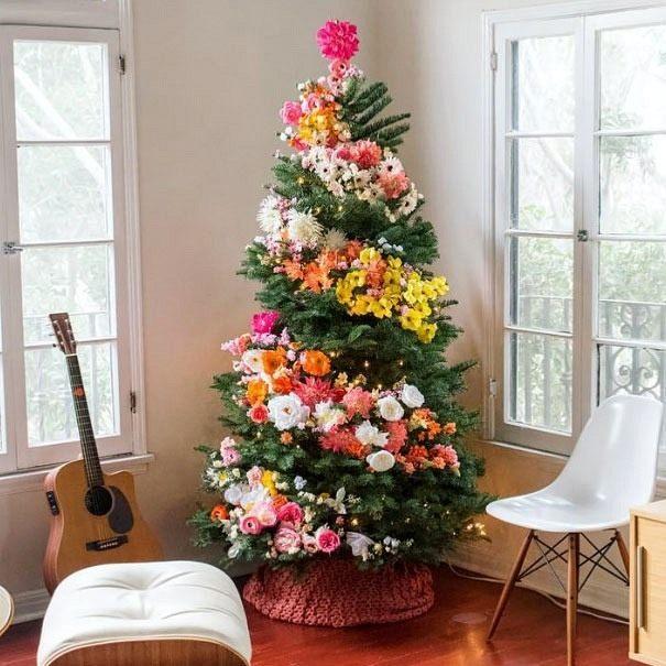 floral-christmas-tree-02