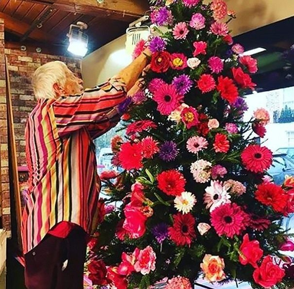 floral-christmas-tree-04