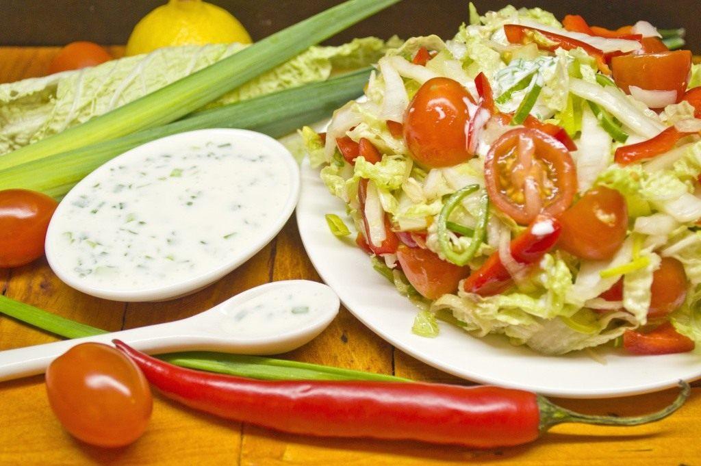 И Овощной заправка к нему салат the time