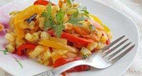 Жареная картошка с овощами - Продукты и рецепты