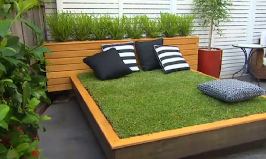 Jason-Hodges-Grass-Daybed7-1580x6581-1020x610