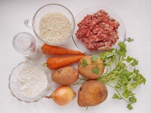 Ингредиенты для приготовления супа с фрикадельками