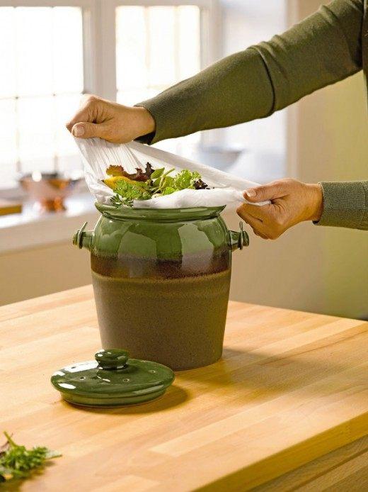 В зимний период, чтобы не выбрасывать пищевые отходы, из них можно готовить ЭМ-ургасу