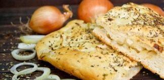 Постный хлеб с луком в духовке – итальянская фокачча