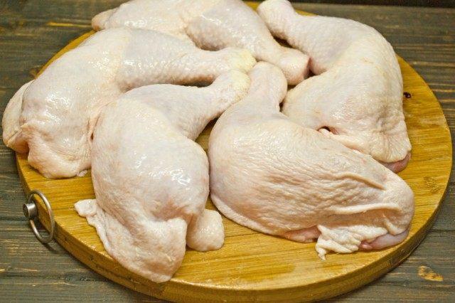 Для куриных котлет лучше подходят окорока