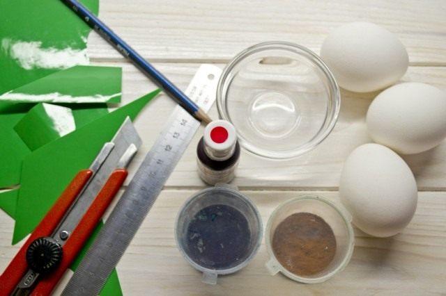 Ингредиенты для покраски яиц к пасхе