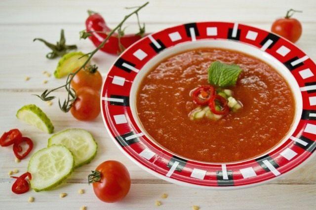 Холодный томатный суп — Гаспачо