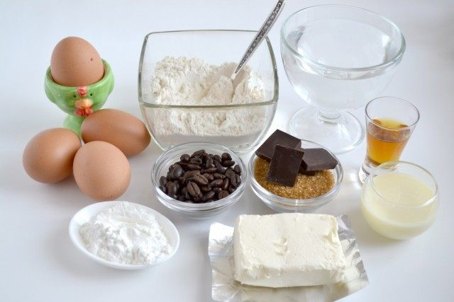 Ингредиенты для приготовления профитролей и заварного крема