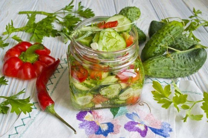 Салат из болгарского перца на зиму. рецепт