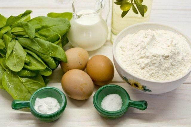 Ингредиенты для приготовления тонких блинов со шпинатом