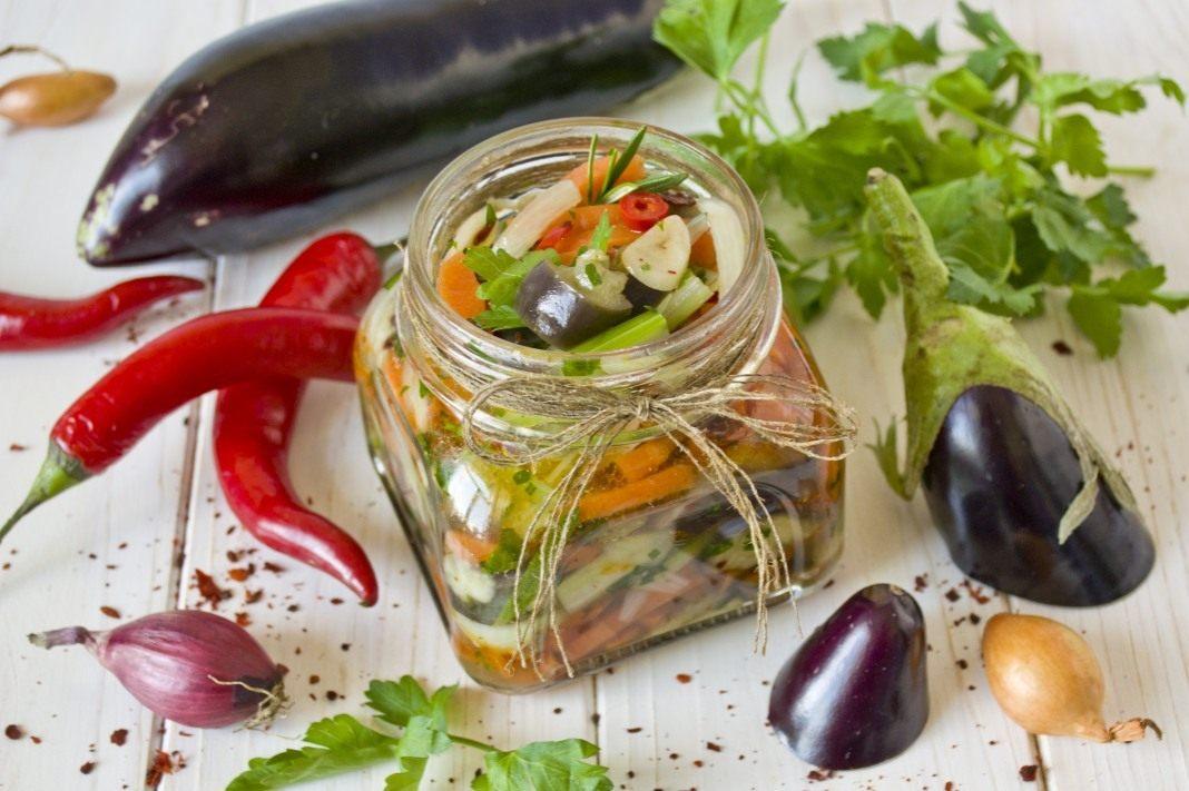 Самые вкусные салаты на зиму с баклажанами