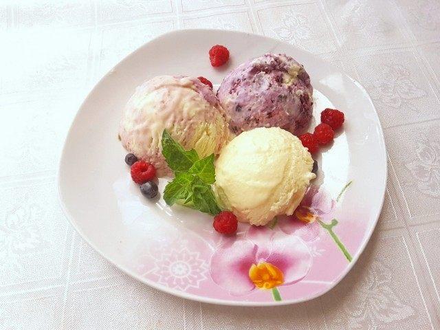 Домашнее мороженое сливочно-фруктовый пломбир