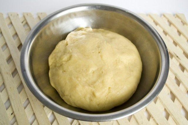 Готовое тесто ставим остывать