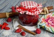 Джем из земляники с малиной и корицей — варенье из садовых ягод