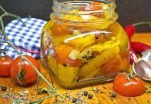 Конфи из жёлтого перца с помидорами черри