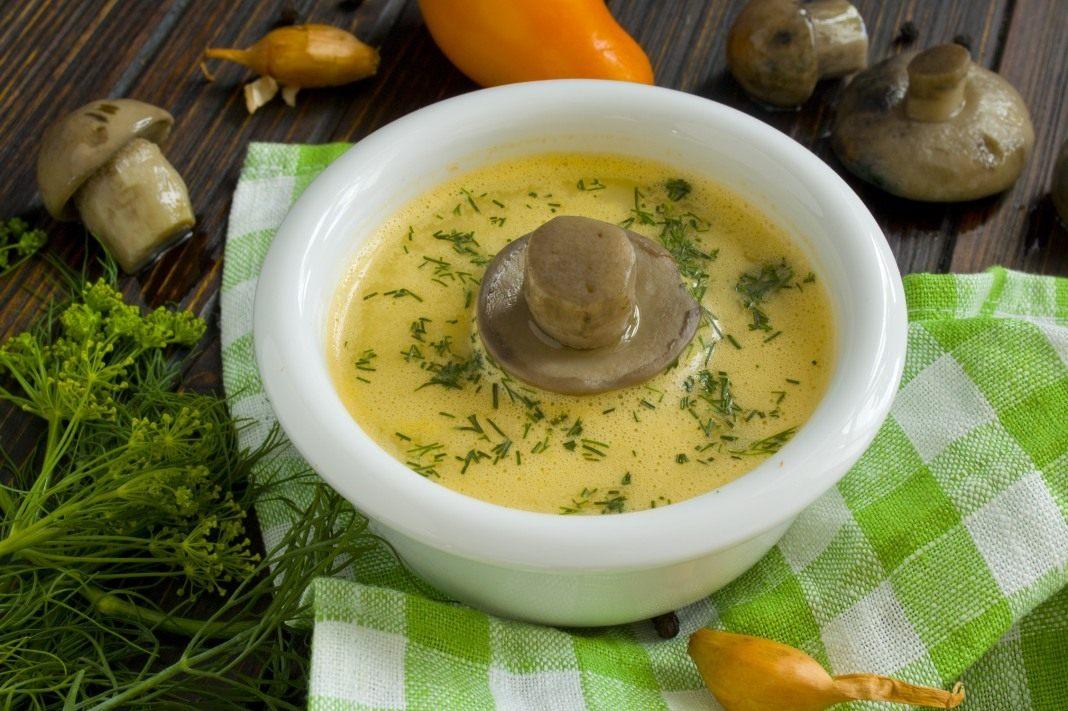 Грибной крем-суп со сливками и цуккини