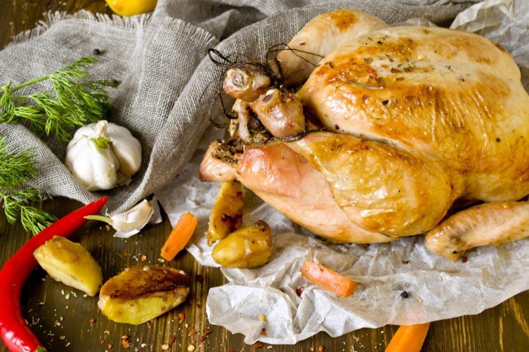курица в духовке целиком рецепт с яблоком