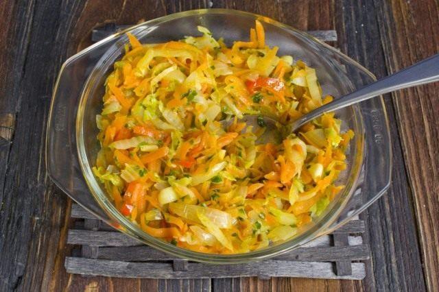 Тушим овощи вместе еще 10 минут