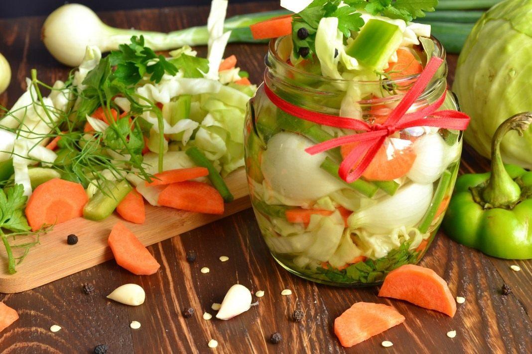 Вкусныеы салатов из овощей на зиму