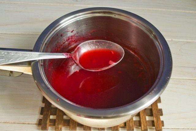 Варим соус из красной смородины