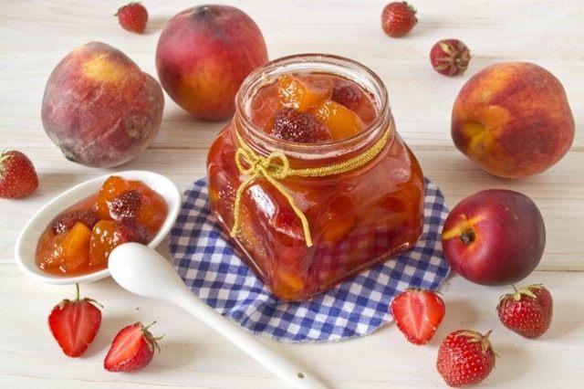 Ягодно-фруктовый джем – ассорти из персиков, клубники и нектаринов
