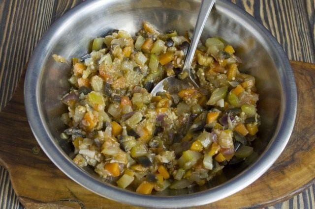 Тушеные овощи для салата с рисом на зиму
