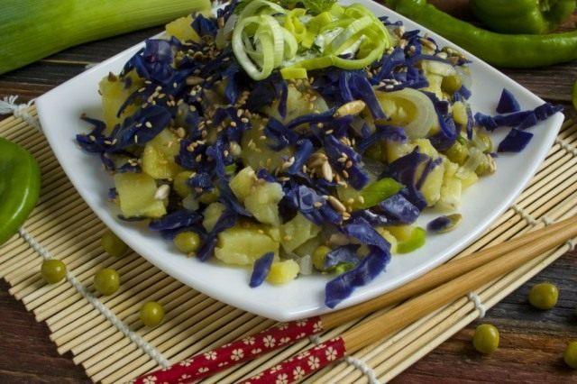 Постный салат с картофелем
