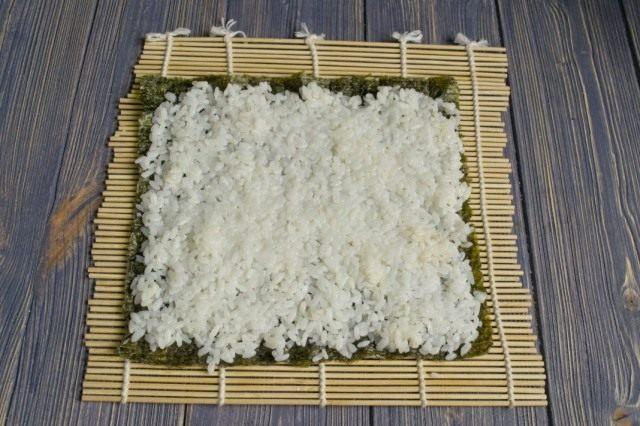 Распределяем сверху рис