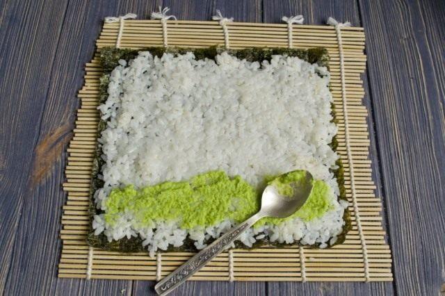 Наносим на рис васаби