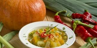 Лёгкий вегетарианский суп — постные щи из капусты с тыквой