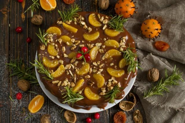 Фруктовый торт с шоколадным кремом