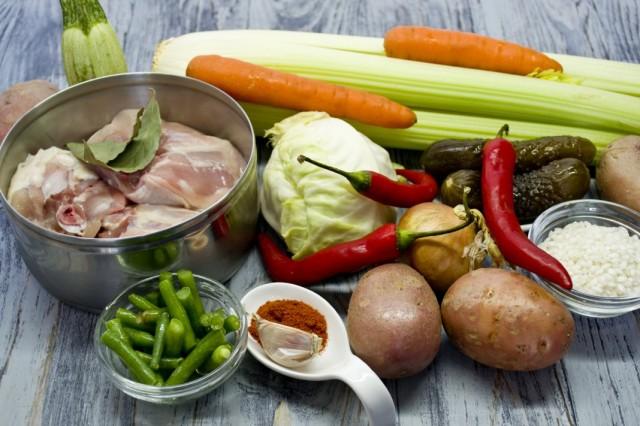 Ингредиенты для приготовления сборной солянки с рисом арборио