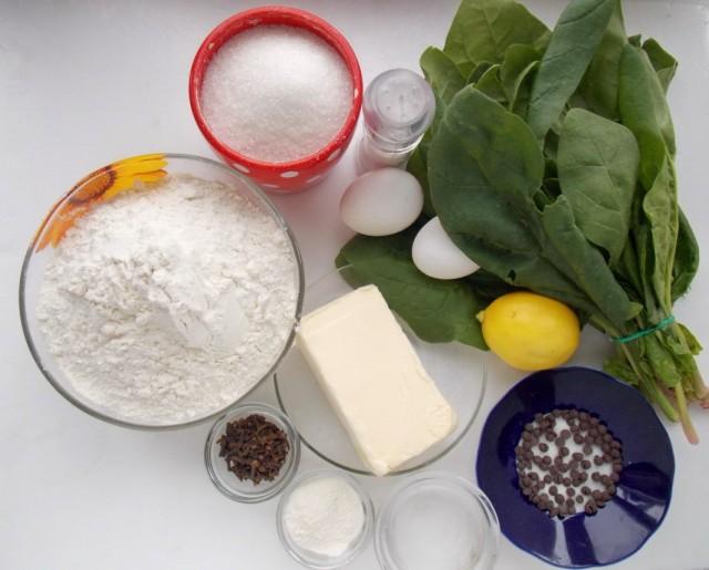 Ингредиенты для приготовления печений в виде яблок