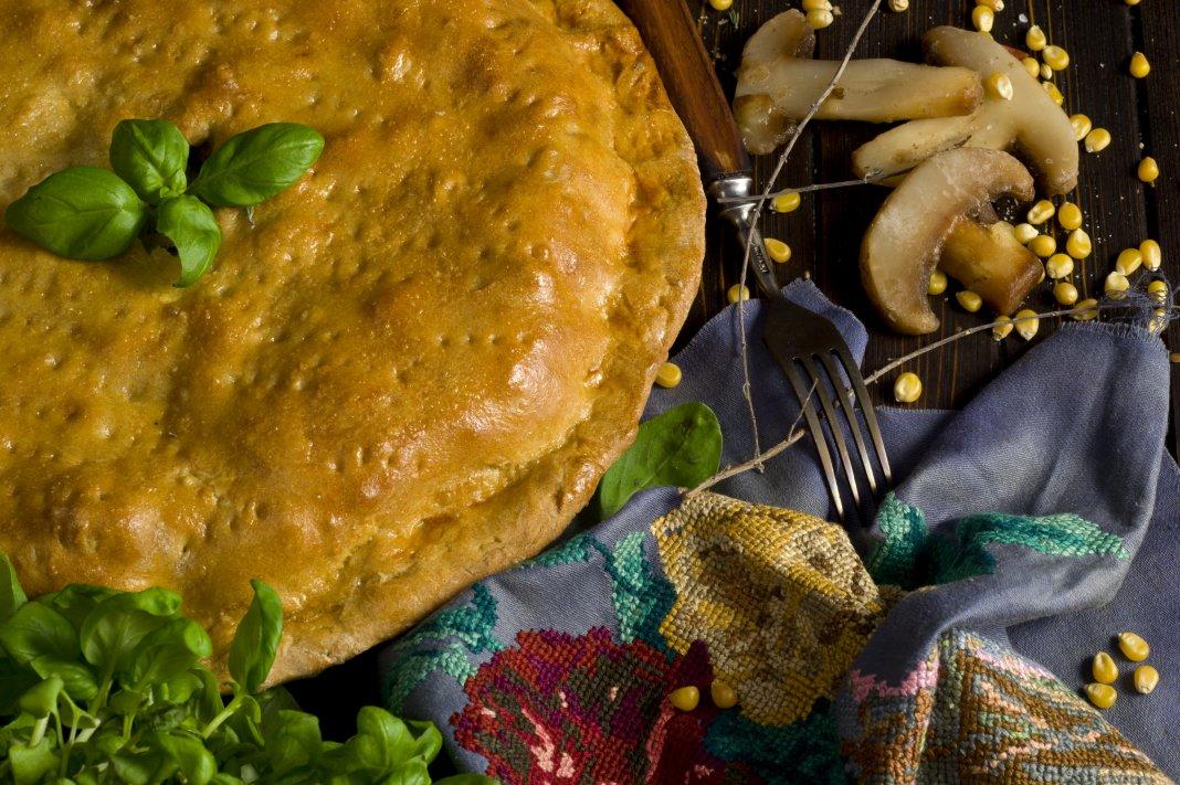 Пирог с грибами и мясом в духовке рецепт 6