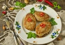 Сочные свиные котлеты с картофелем